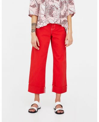 Red trousers with seams